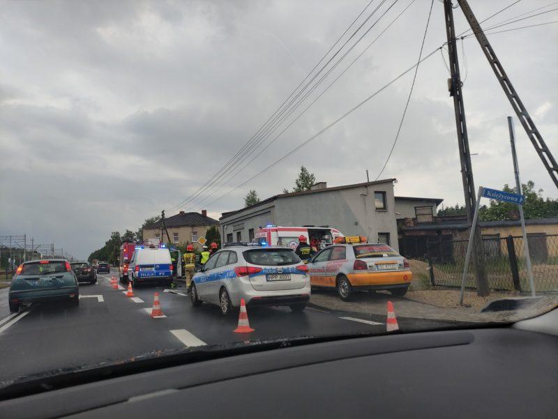 Wypadek z udziałem trzech samochodów w Blachowni