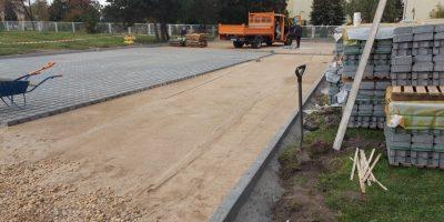 Nowy parking i remont drogi wewnętrznej przy Miodowej w Blachowni